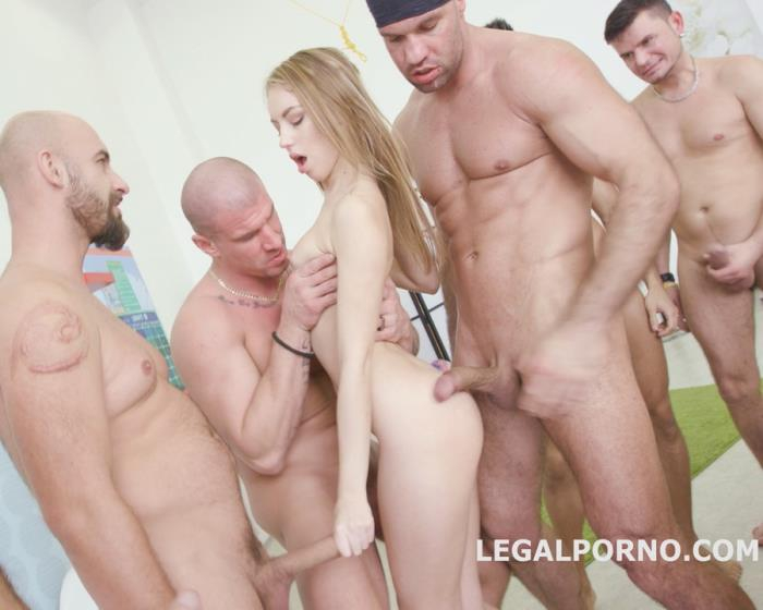 [LegalPorno] Kira Thorn - 7 On 1 Double Anal GangBang With Kira Thorn DP/DAP/TP/6 Swallow /1 Great Facial. She Likes And She Wants More GIO307 (2017) [HD 720p]