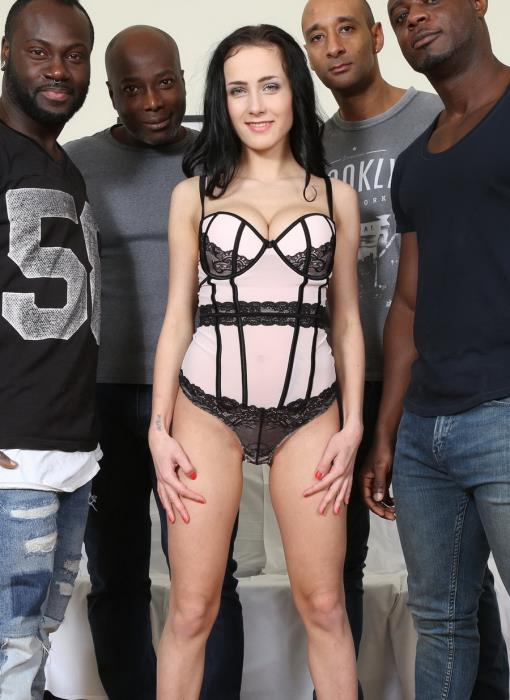 [LegalPorno] Nicole Love - Nicole Love Wants To Know What It Feels Like To Have Four Black Cocks. She Fucks And Sucks Four Black Guys IV042 (2017) [HD 720p]