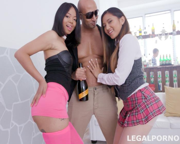 [LegalPorno] Crystal Greenvelle, May Thai, Jureka Del Mar - Clockwork Nightmare 1 Of 3 The Hoodie Clan Rules The City But Its Going To change Soon GIO414 (2017) [FullHD 1080p]