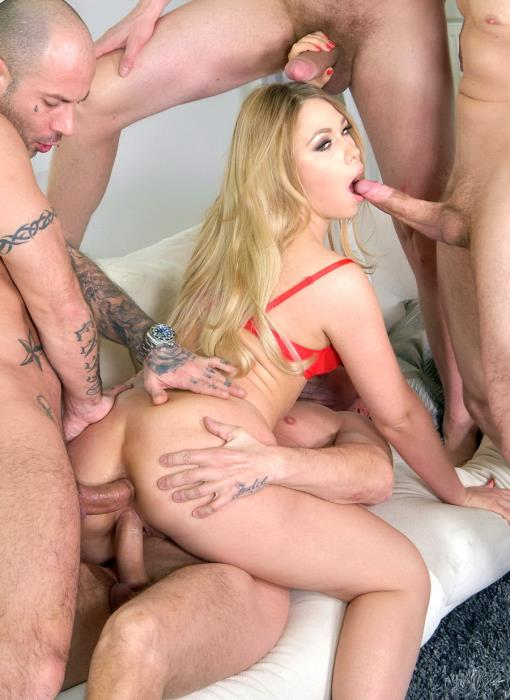 [LegalPorno] Selvaggia - Big Booty Blonde Selviagga 4 On 1 Double Anal And Deepthroat In Fishnets FS006 (2018)