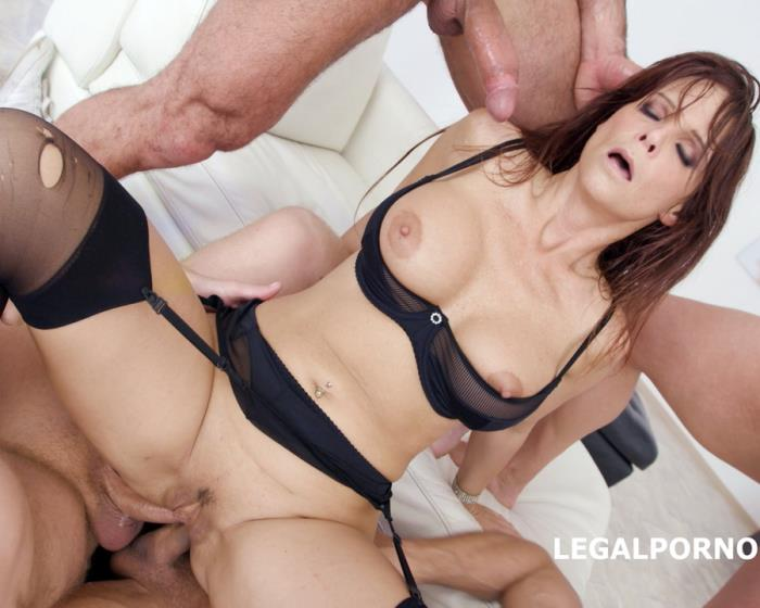 [LegalPorno] Syren De Mer - 7 On 1 DAP Gangbang With Syren De Mer Balls Deep Anal And DAP, Gapes, Squirt, Facial GIO642 (2018) [UltraHD 4K]