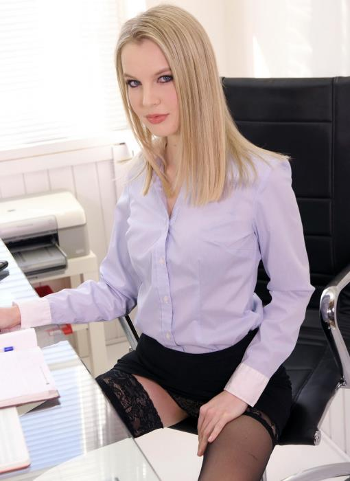 [LegalPorno] Rose Delight - Blonde Secretary Rose Delight Fucked On The Office Desk By Horny Boss GP892 (2019) [UltraHD 4K]