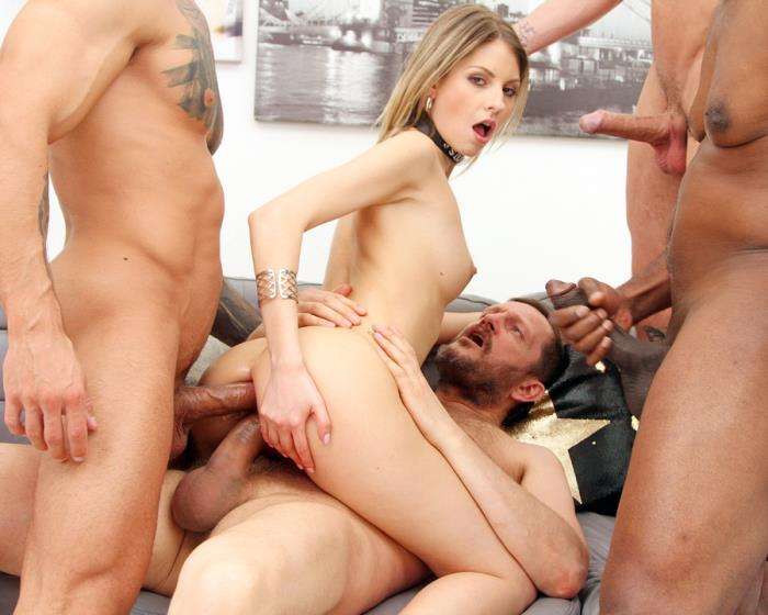 [LegalPorno] Rebecca Volpetti - Rebecca Volpetti Assfucked By 4 Guys And Pissed All Over SZ2452 (2020)
